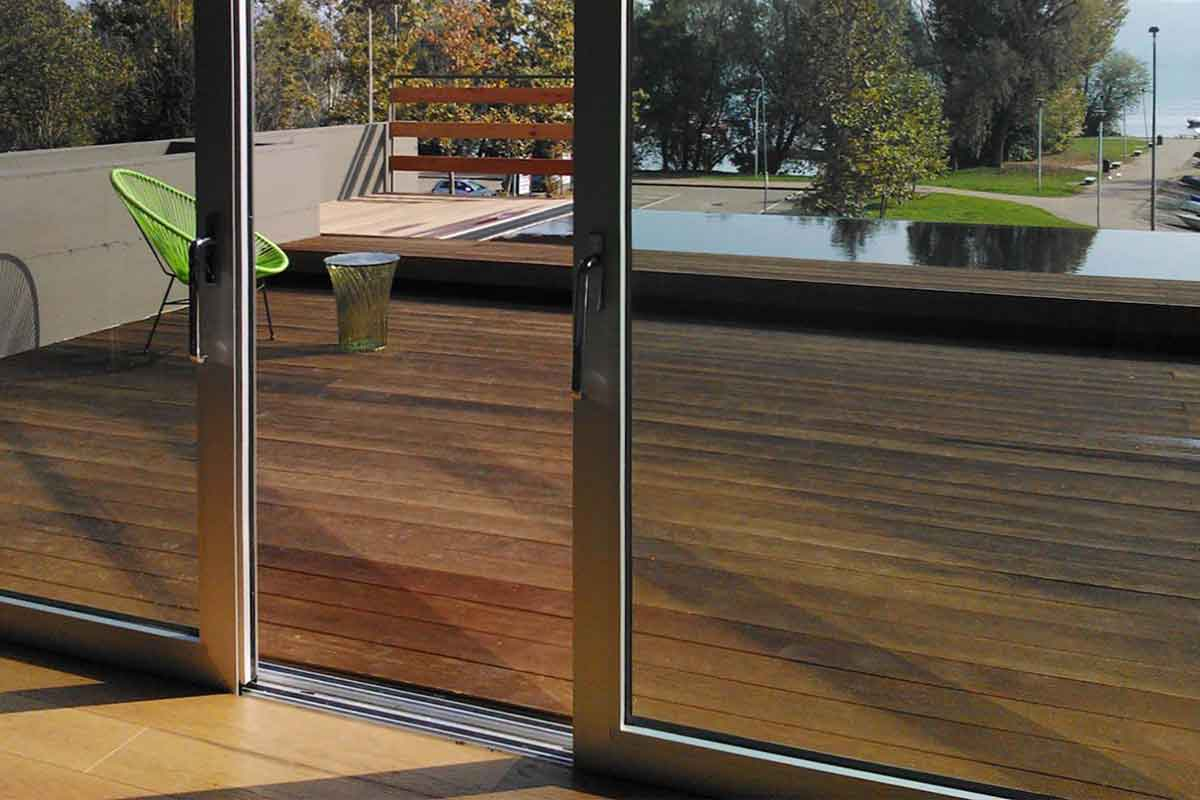 Porta finestra in alluminio per balcone