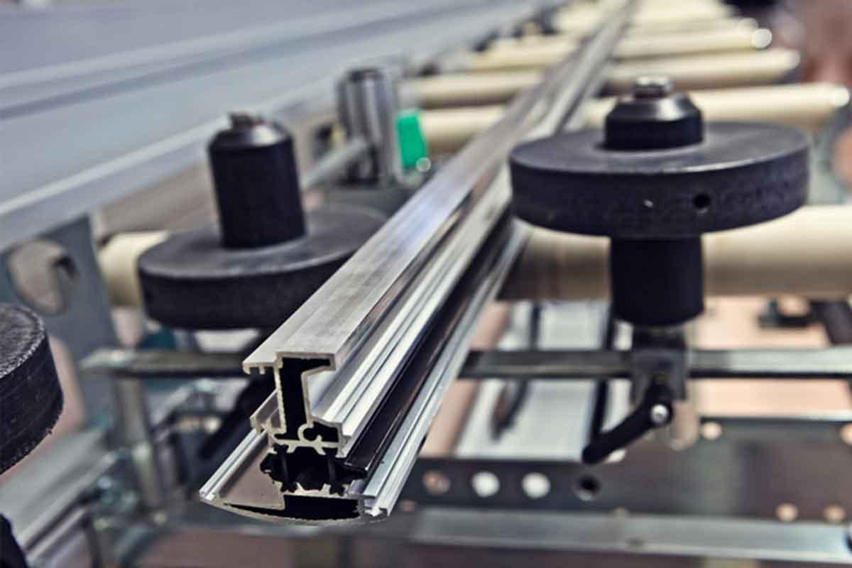 Profili alluminio commerciali